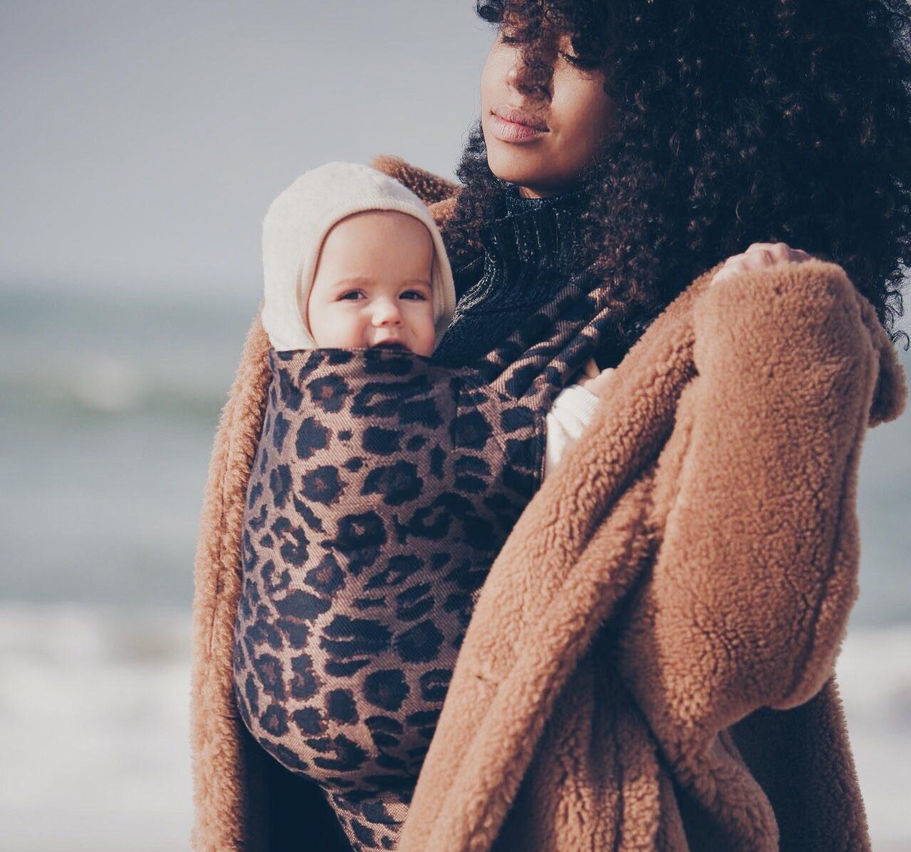 Draagzak of draagdoek voor je baby?